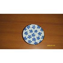 Plato De Loza Decorado Con Flores En Azul Y Borde Marron