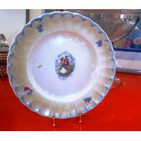 Antiguo Bello Plato Porcelana Alemana Tornasol Oro Escena