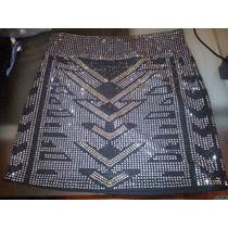 Minifalda Elastizada Con Tachas Plateadas, Doradas Y Negras