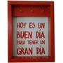 Porta Llaves Con Marco De Madera Y Fondo Estampado Con Frase