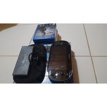 Playstation Vita + 7 Juegos + Accesorios