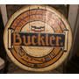 Publicidad De Cerveza Buckler Pintada Sobre Madera