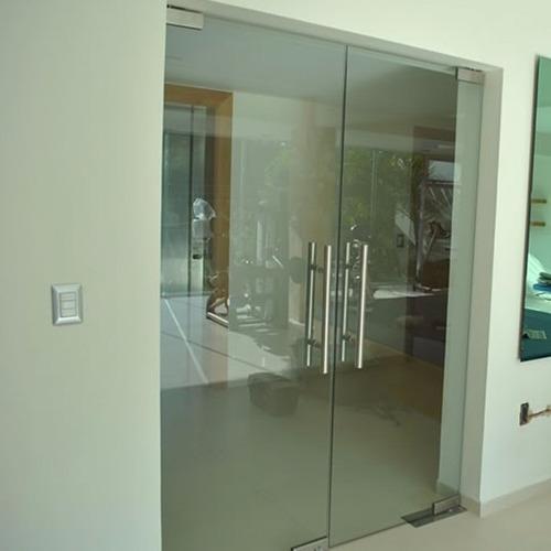 Puertas blindex fabricacion y reparacion capital - Medidas puerta entrada ...