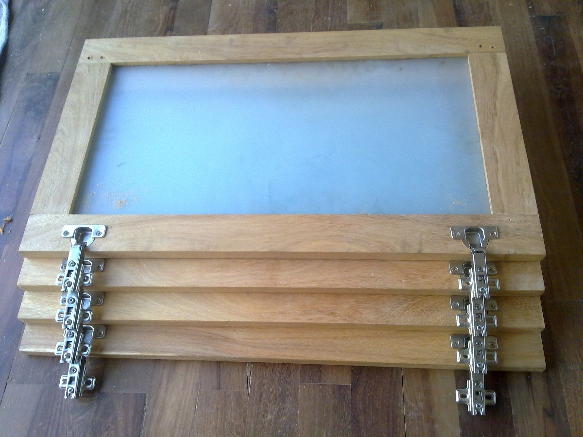 Fabrica de muebles de algarrobo en isidro casanova for Como hacer puertas de madera para cocina