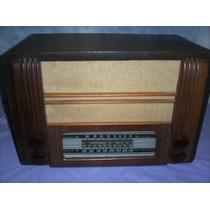 Radio Grande Antigua Valvular.