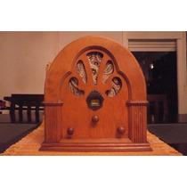 Replica De Radio Capilla Antigua De Madera Funcionando