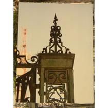 Antiguas Rejas Portón Frente Puerta De Escape Hierro Forjado
