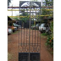 Portón Antiguo De Hierro Forjado