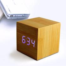 Cubo Reloj Led Despertador Madera Clara Led Azul O Rojo