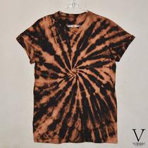 Remera Batik * Acid * Espiral * Artesanal * Excelente * V *