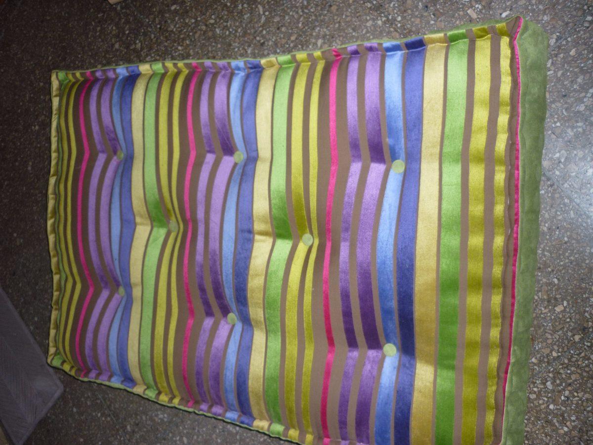 Reparaci n de colchones de lana resortes y futones for Precio de futones