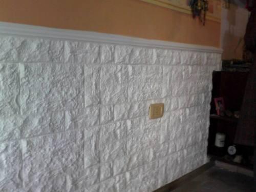 Pin que los revestimientos de las paredes del ba o y la - Casa con humedad ...