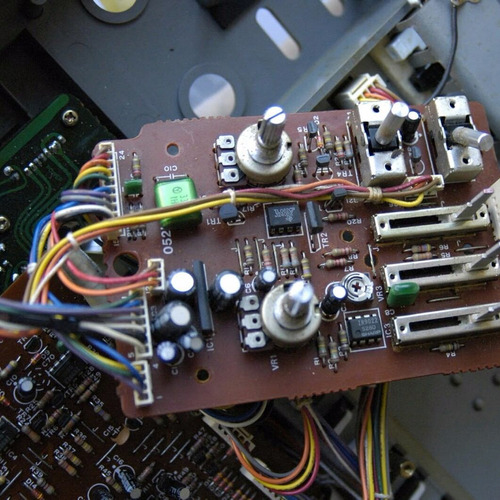 Servicio Técnico Teclados Pianos Eléctricos Sintetizadores