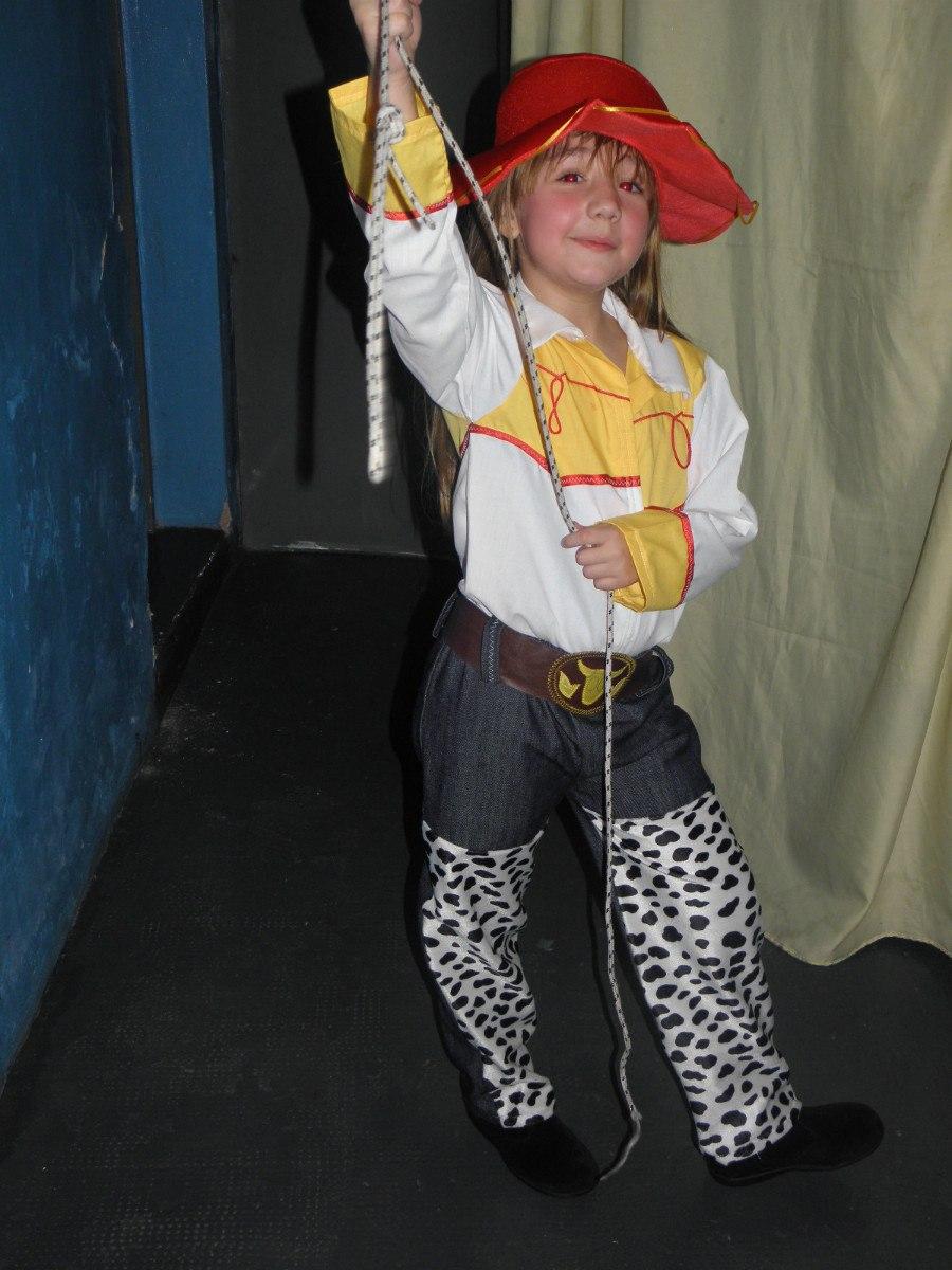 Como hacer el sombrero de Jessie Toy Story - Imagui a94d1d834e2