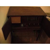 Antiguo Combinado - Tocadiscos Y Radio -