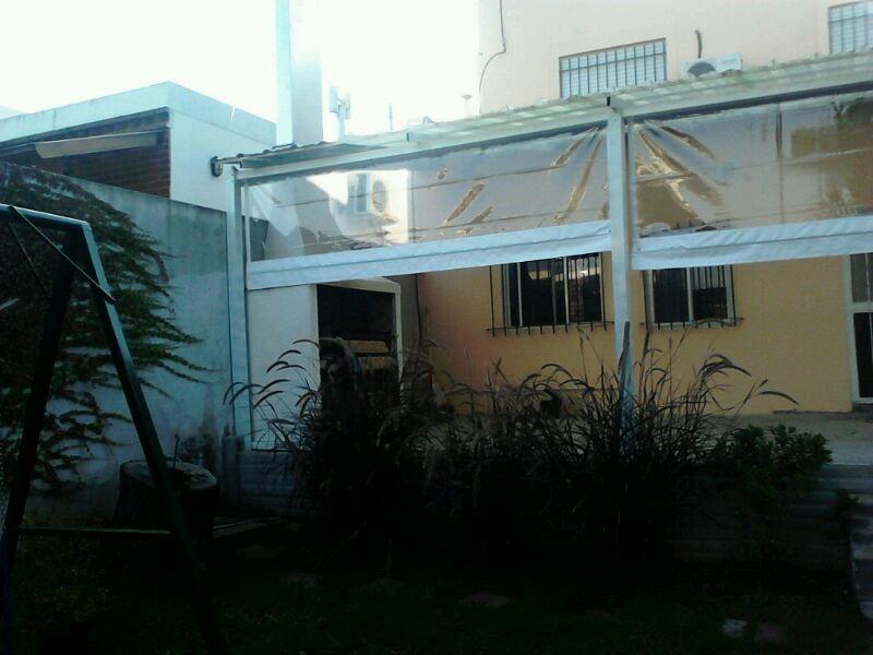 Anunciante toldos vertical para balc n pictures to pin on for Toldos para balcones capital federal