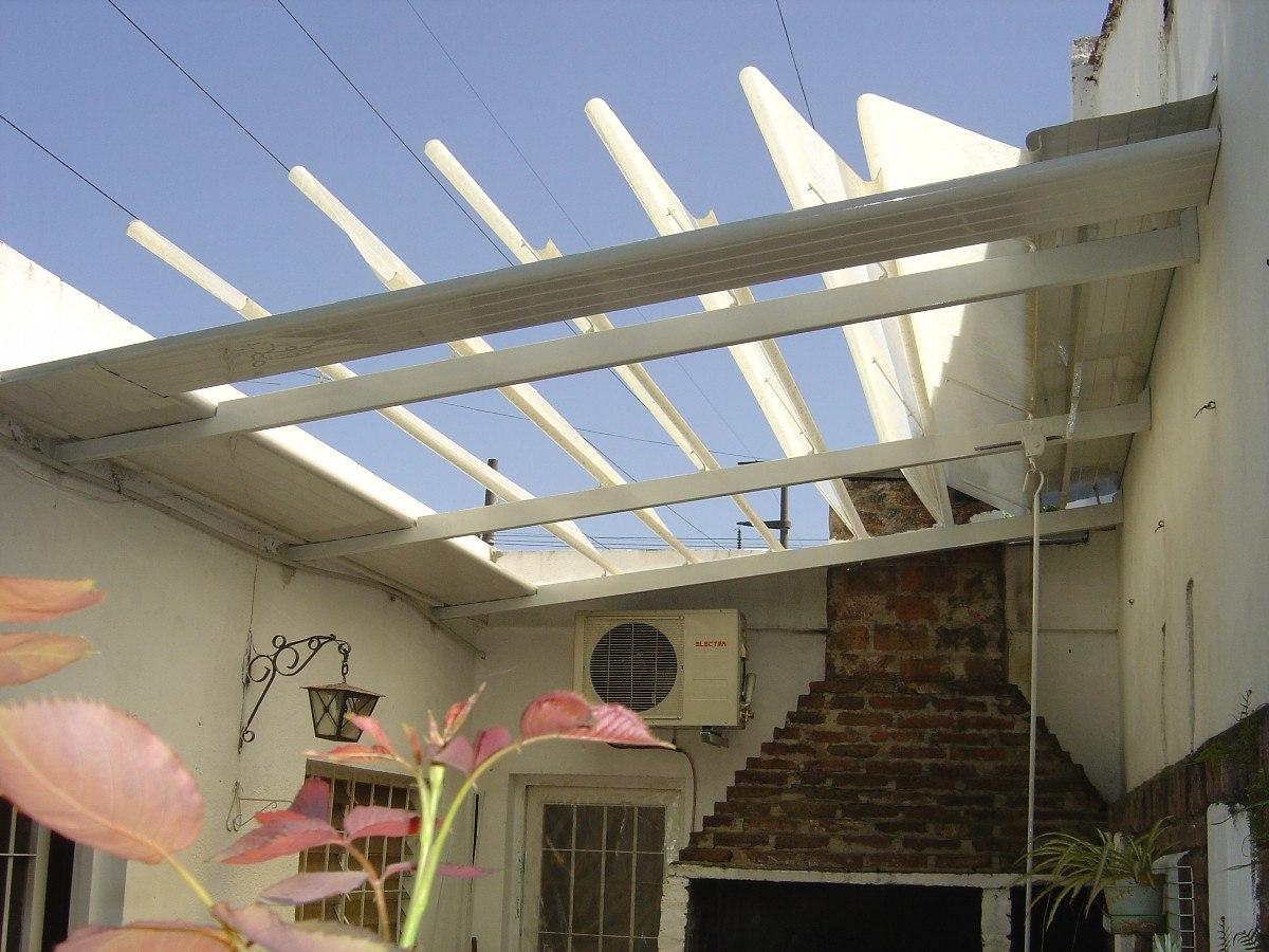 Toldo casero para patio simple elegant toldo modelo extensible tipo cofre lona lisa blanca - Toldos para patios interiores ...