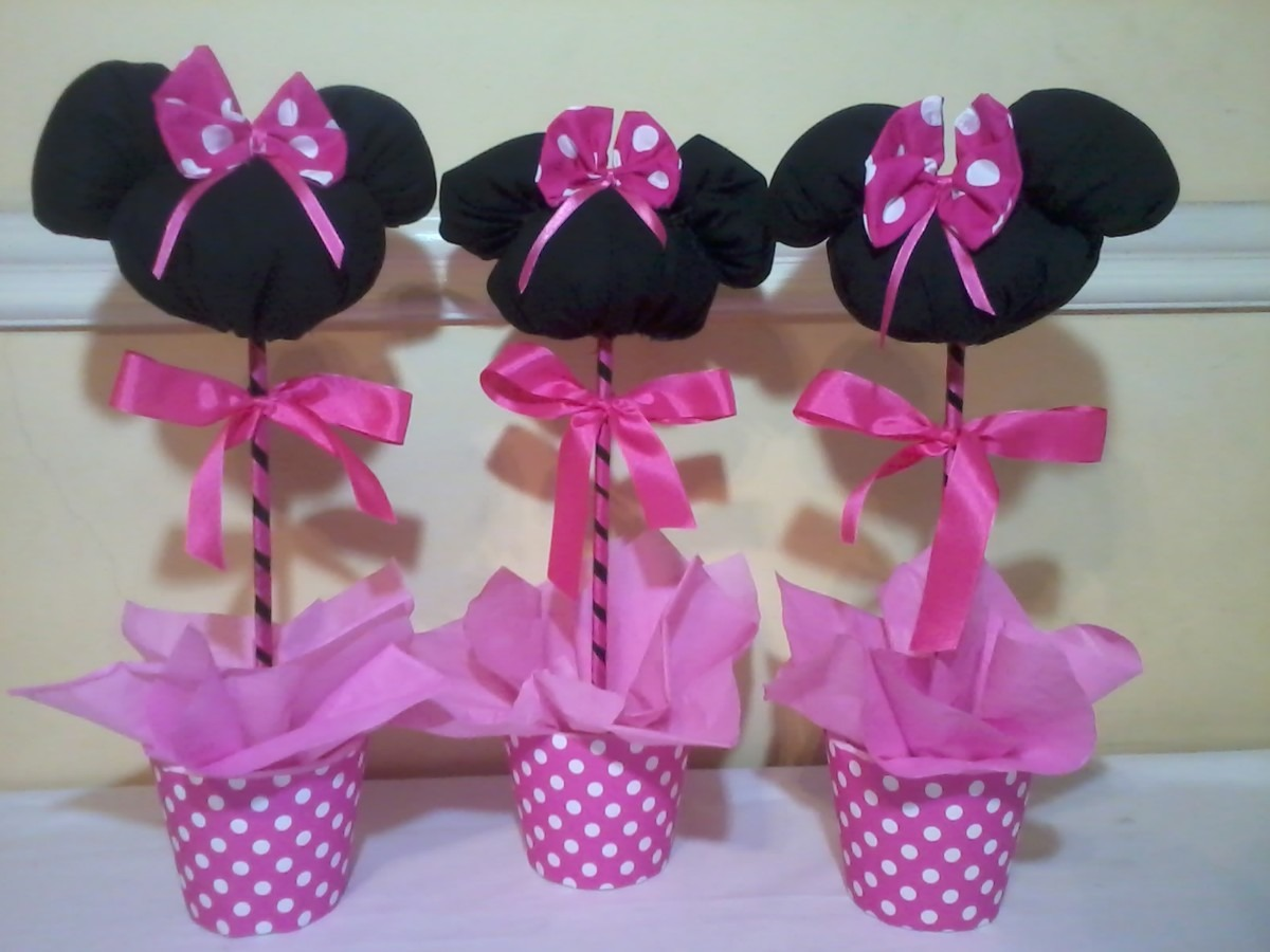 Centro de mesa minnie mouse con globos minni car for Mesas de centro