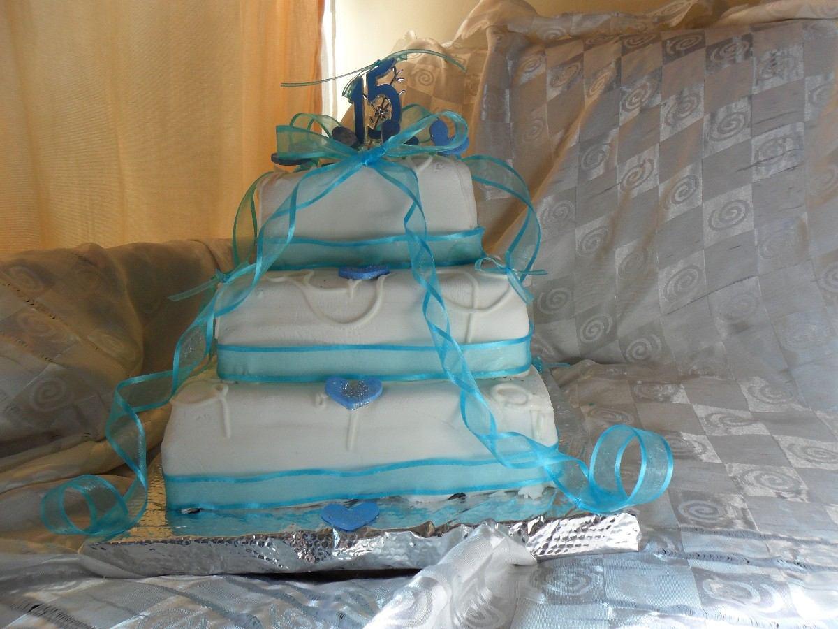 en Decoración de Tortas: Tortas de 15 Años Turquesa y Blanco