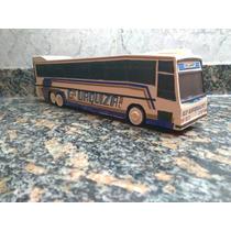 Replica De Colectivo Micro Omnibus Bus En Resina Ruedas Buby