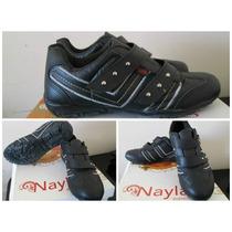 Zapatillas Con Tachas Y Abrojo,igual A Nuevas!!