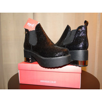 Zapatos Botas Cortas Marca Muaa Con Plataforma Número 39