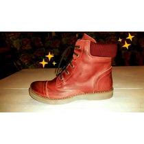 Botas De Cuero Rojo (en La Foto Parece Bordo) Nro 37