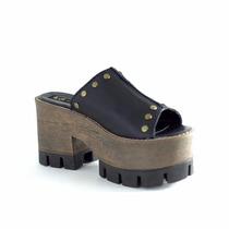 Clippate Zapatos Zuecos Plataformas En Cuero Con Tachas