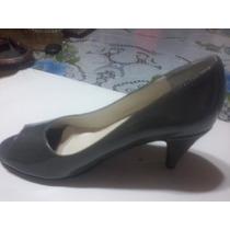 Zapatos Estilo Luis 15 Y Bajos De Cuero Negro Y