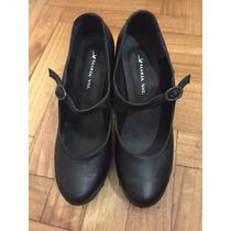 Zapatos Guillermina Cuero Negros Con Taco De Madera