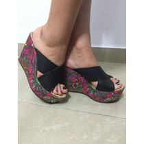 Sandalias Negras Importadas Con Plataformas Estampada