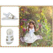 Sandalias Blancas Con Tiras En Dorado Y Animal Print Kickers