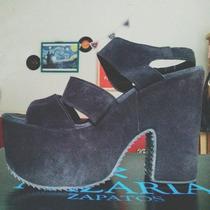 Zapatos Negros Plataforma Nazaria Talle 39