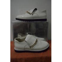 Zapatos Ricky Sarkany. Charol Blanco