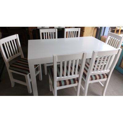 Mesa asia laqueada moderna muebles de pino el for Muebles de asia