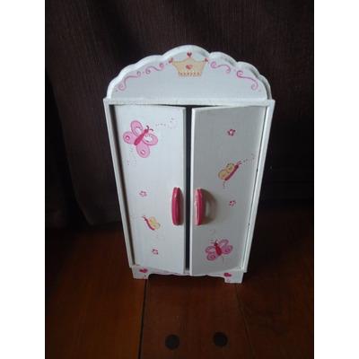 Ropero Grande Para Barbies- Casa De Muñecas -  410,00 en Mercado ...