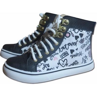 18386a72d Zapatillas botitas acordonadas para nena o dama. Combinaciones exclusivas y  estampados de ultima moda. Confeccionadas en lona y símil cuero
