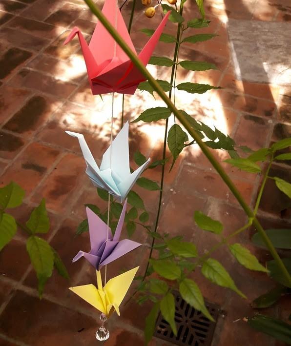 Móvil de 7 grullas en origami