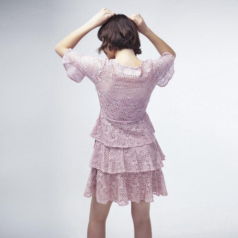 Vestido Rosa Con Falda A Capas 017351