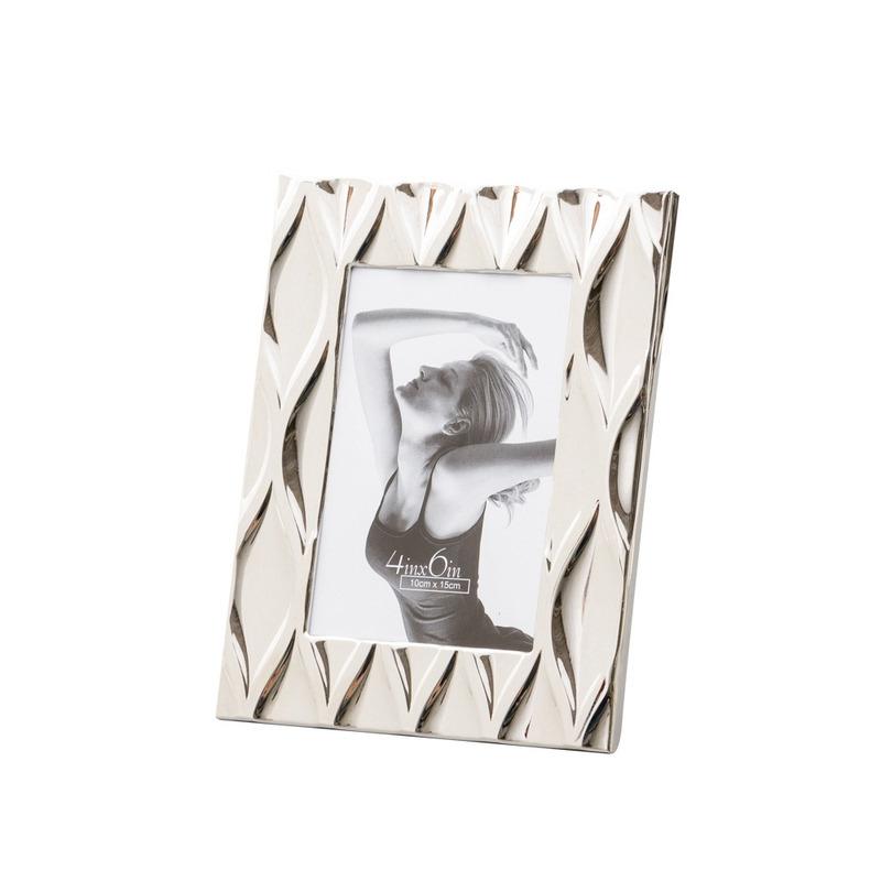 Porta Retrato De Aço Niquelado Diamond 10X15Cm