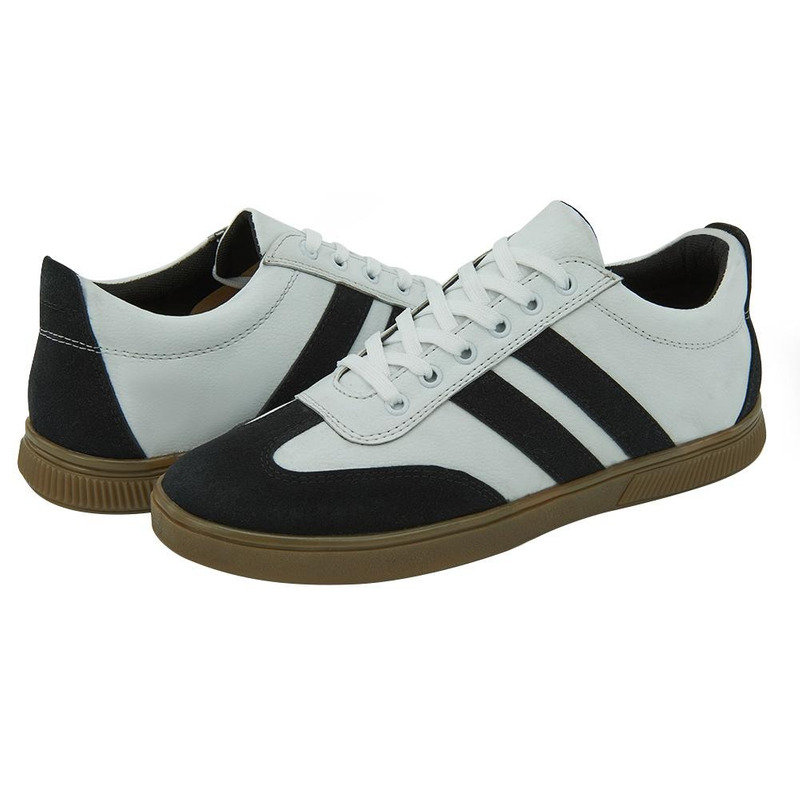 Sneakers Blancos Con Franjas Negras 017589