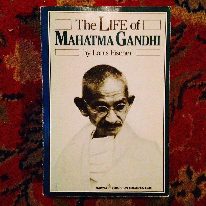 Louise Fischer.  THE LIFE OF MAHATMA GANDHI.