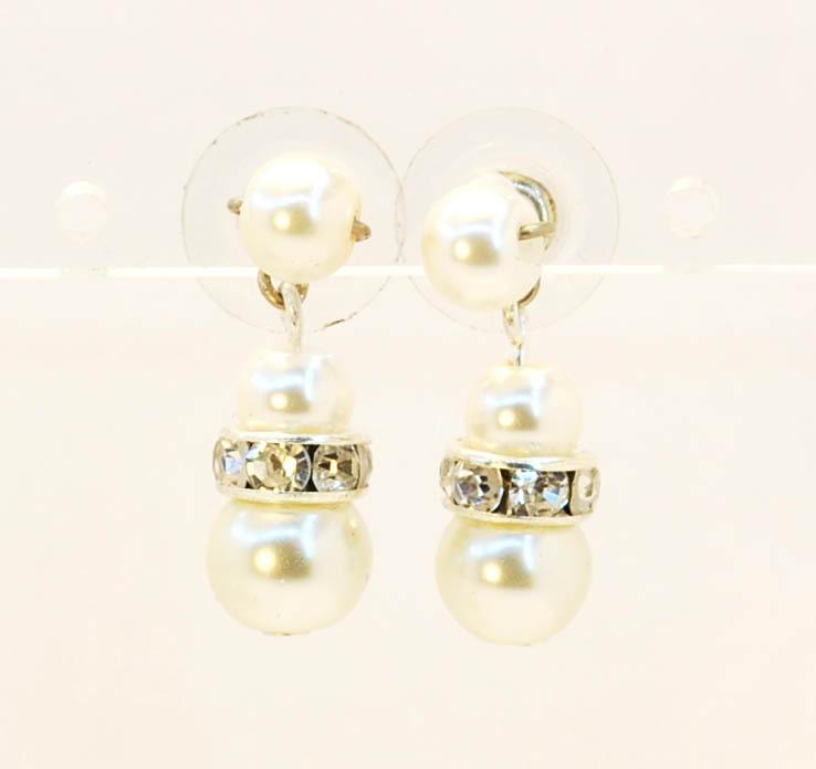 18b97c74fc12 Aros perlas y strass · Aros perlas y strass ...