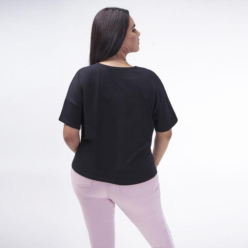 Blusa Negra Con Corazon 017276