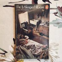 Lynne Reid Banks. THE L-SHAPED ROOM.