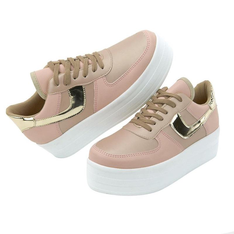 Sneakers Rosas Con Plataforma Y Detalle En Oro 020633