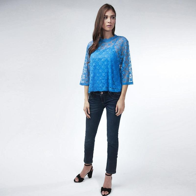 Blusa Azul Con Encaje 017098