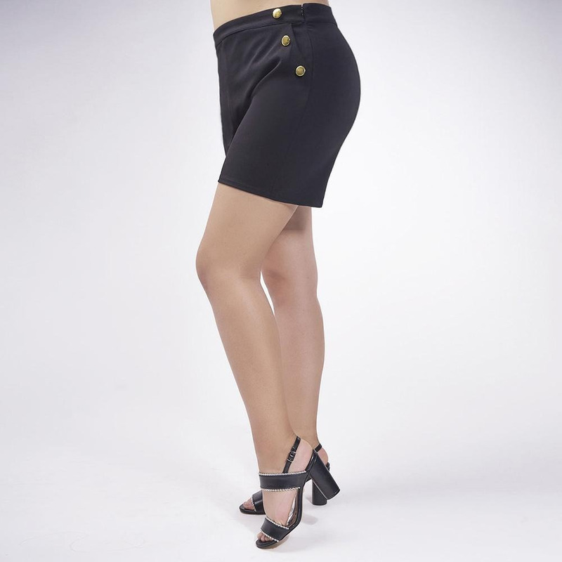 Short Negro Con Botones Dorados 019415