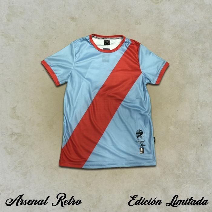 Camiseta Retro - Miguel Molnar