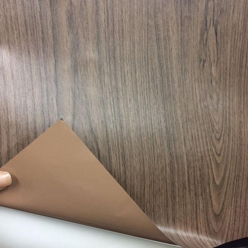 Adesivo madeira capuccino Larg. 1,22 m